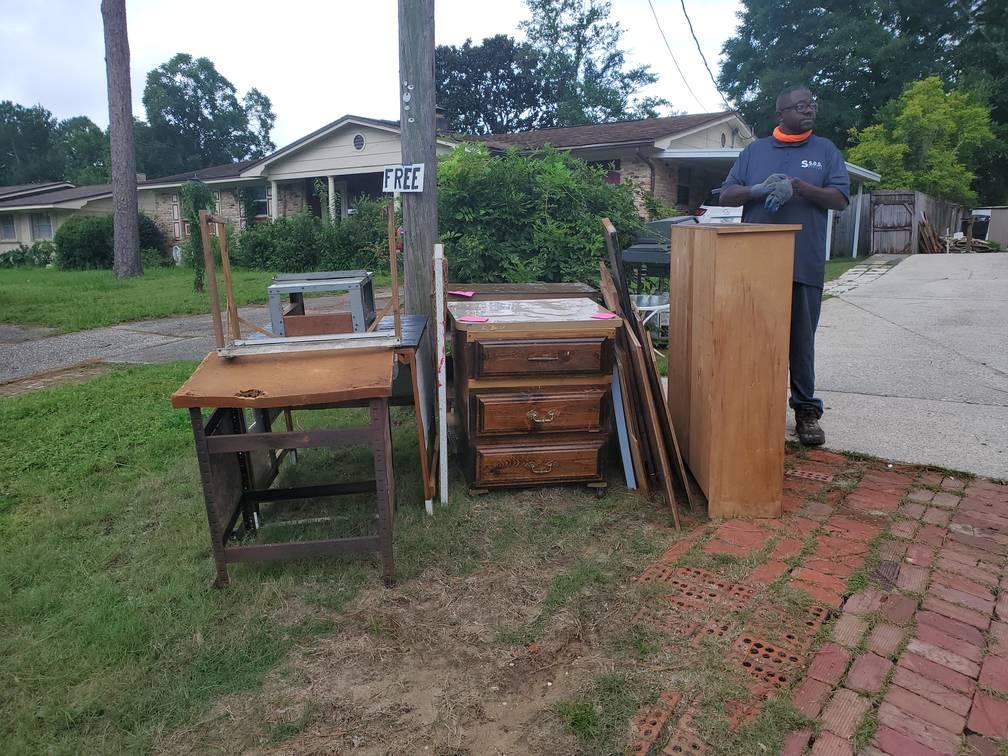 Free Furniture On Sidewalk Junk Removal Service Something Old Salvage 6505 North W Street Pensacola FL 32505 850 758 9900 www.somethingoldsalvage.com